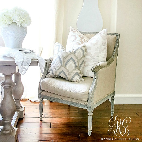 Soothing Summer Home Tour 2017 – Neutral Transitional Home Decor