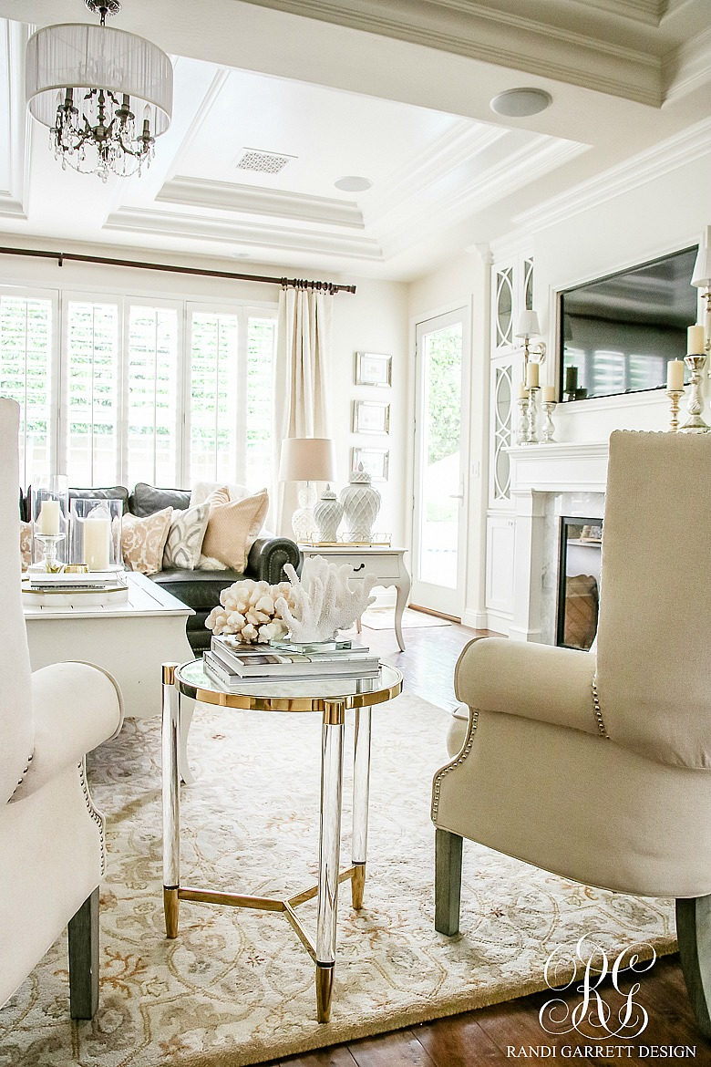 Neutral Transitional Home Decor