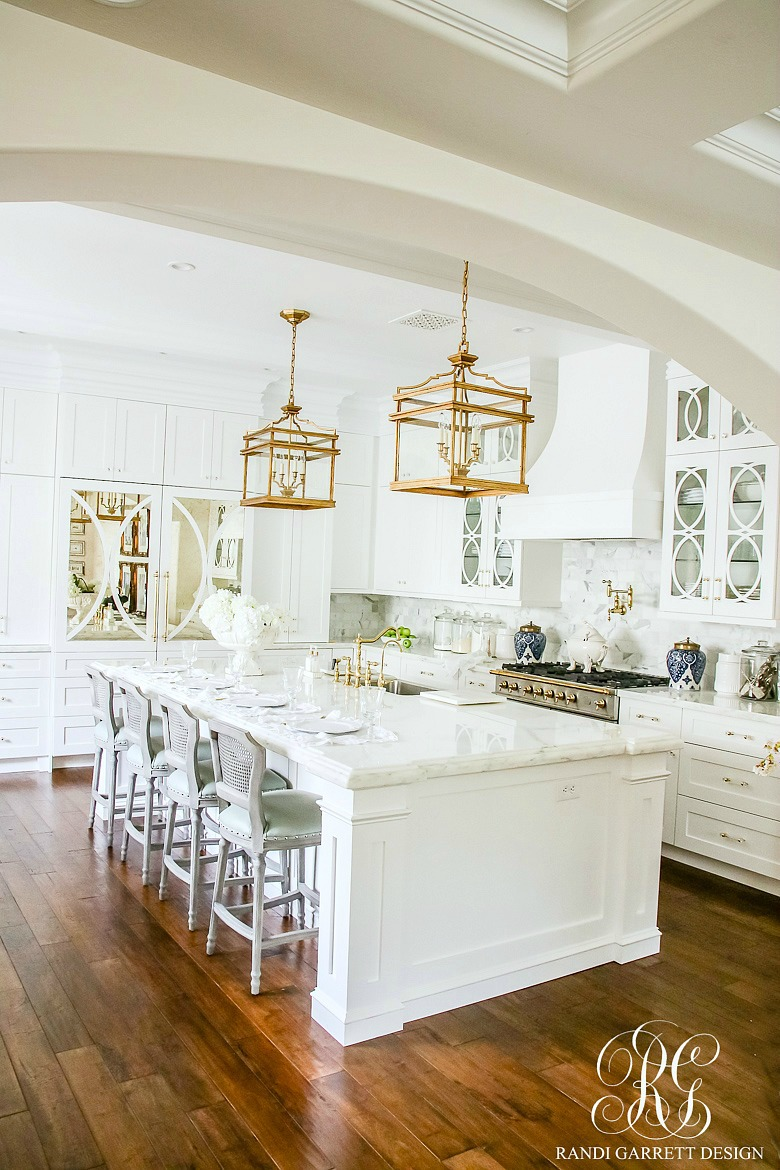 Transitional Style White Kitchen