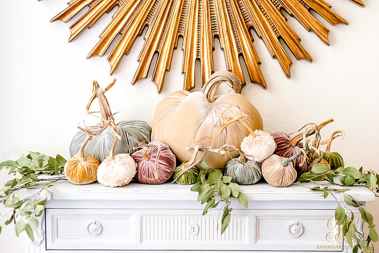 Fall Decor Ideas - 5 Spaces to Dress your Home for Fall - velvet pumpkin vignette for fall