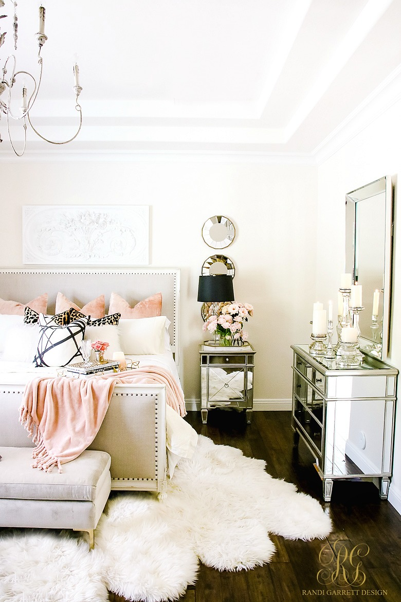 11+ Decorated Small Bedrooms