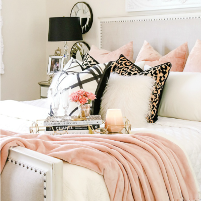 Welcoming Fall Home Tour 2017 – Glam Fall Bedroom