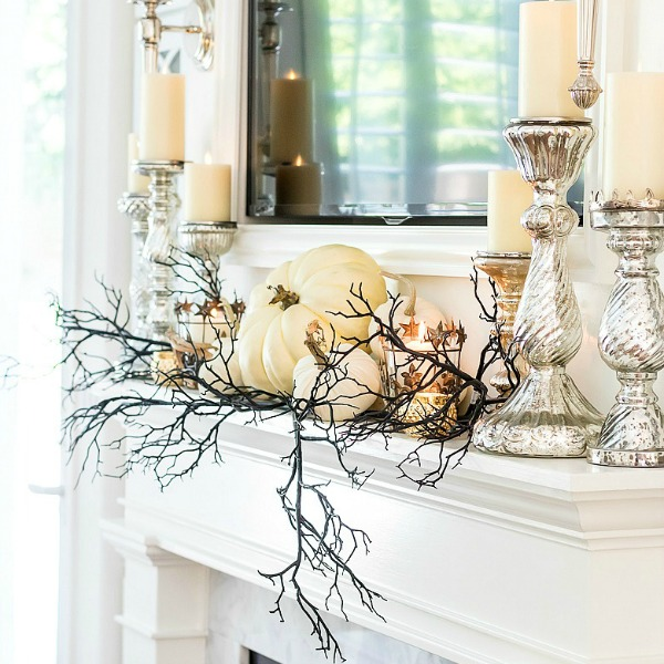 3 Days of Halloween – Glam Halloween Home Tour