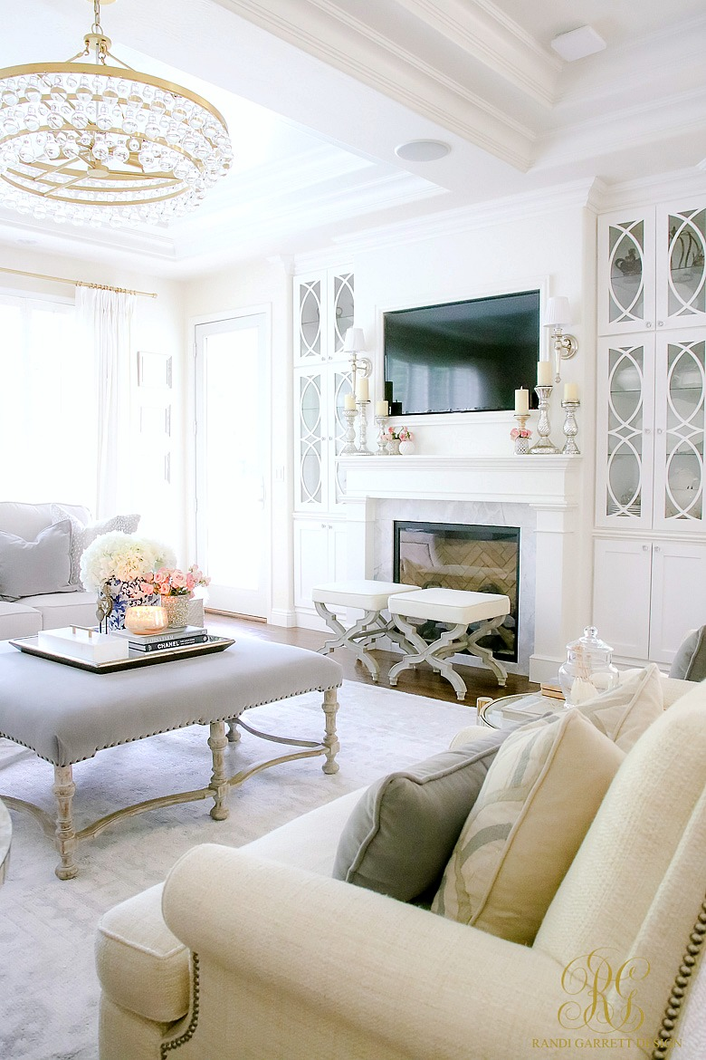 How to create a livable beautiful family room