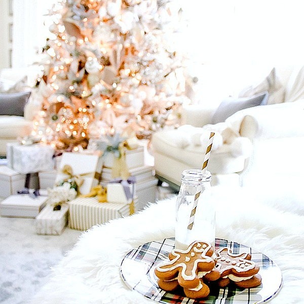 Christmas Cookie Exchange Tour – Gingerbread Cookies with Citrus Frosting