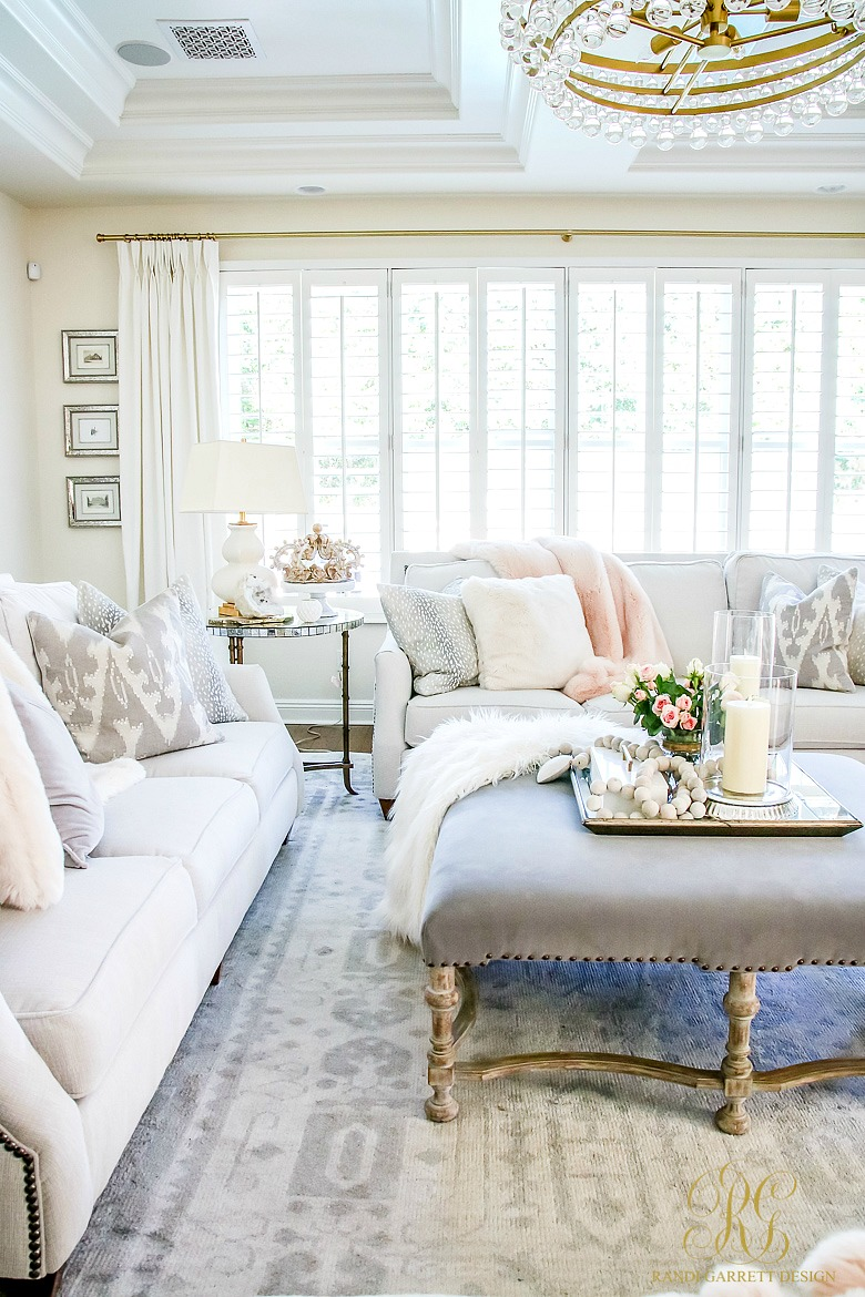 Romantic Homes Decorating: Romantic Valentine's Day Home Tour + Styling Tips