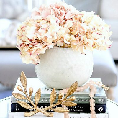 25 Designer Styling Tips for Spring – Decorating with Flowers
