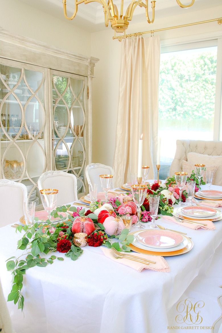 glam table - pink gold table - thanksgiving table ideas