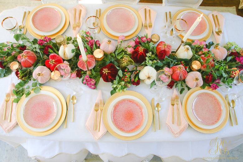 elegant pink gold fall tale - pink gold dinner plates - beautiful thanksgiving table ideas