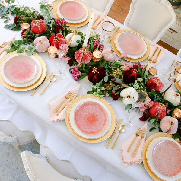 Elegant Pink and Gold Thanksgiving Table