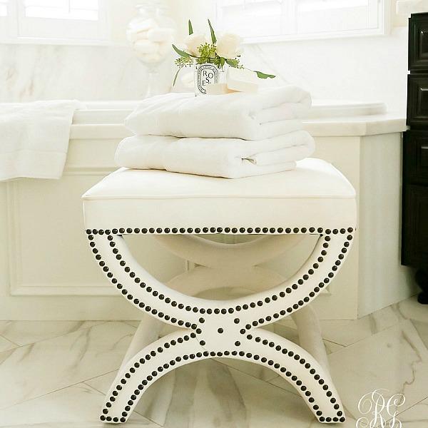 Stylish Storage Options for your Closet + Bathroom