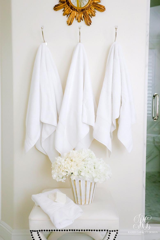 7 Tips to Keep Your Whites Bright White