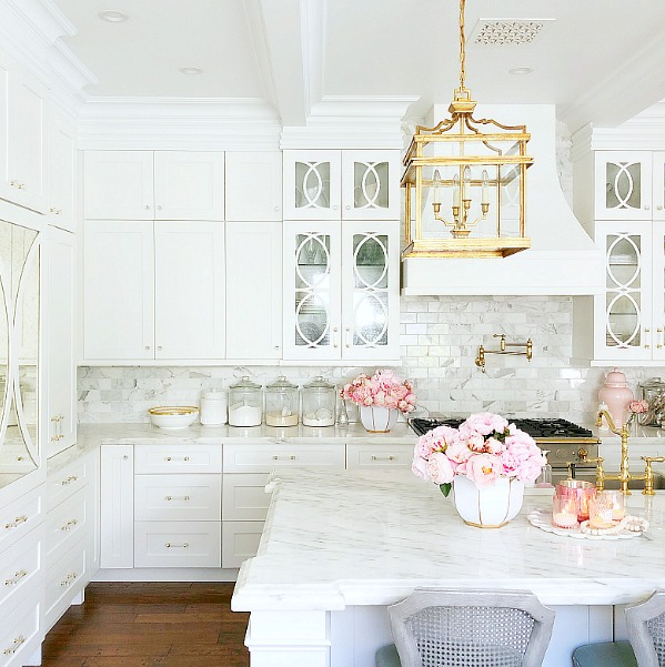 Girlfriend's Guide to Marble Countertops
