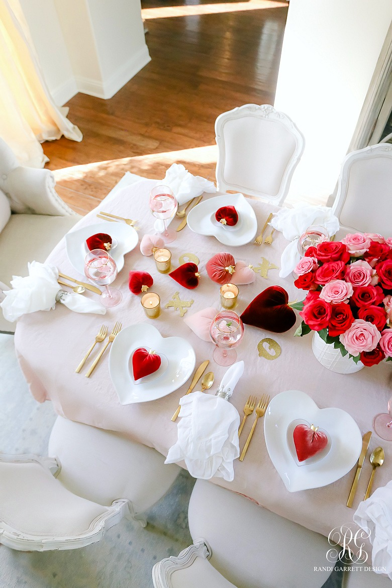 Pink and Red Valentine's Day table