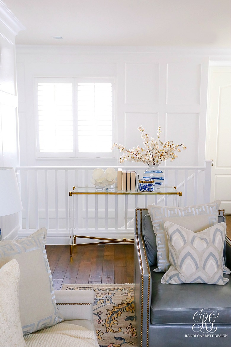 Simple Spring Decor Ideas for your Family Room - transitional family room