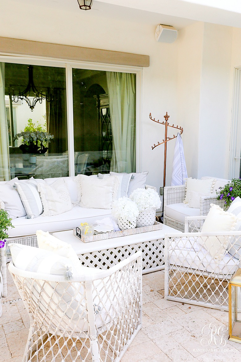 glam backyard - outdoor styling tips