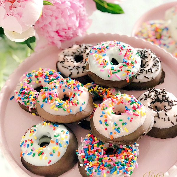 Doughnuts for Dad - Chocolate Covered Apple Slice Doughnut Recipe - Randi Garrett Design