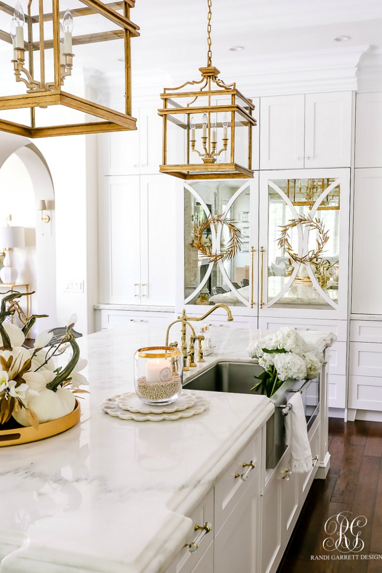 beautiful white kitchen fall decorating ideas