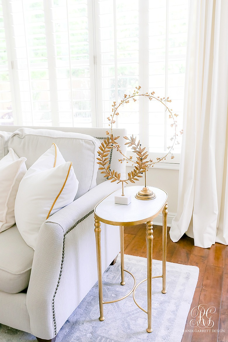 gold laurel wreath marble side table