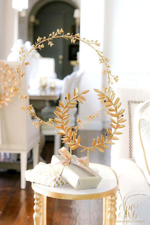 gold laurel wreath stands