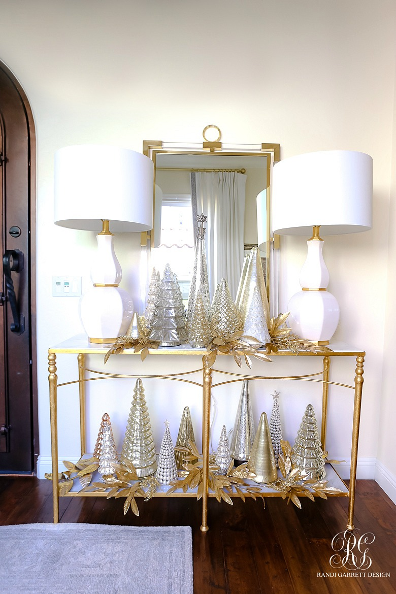 Oh Holy Night Christmas Home Tour - Christmas Porch + Entryway
