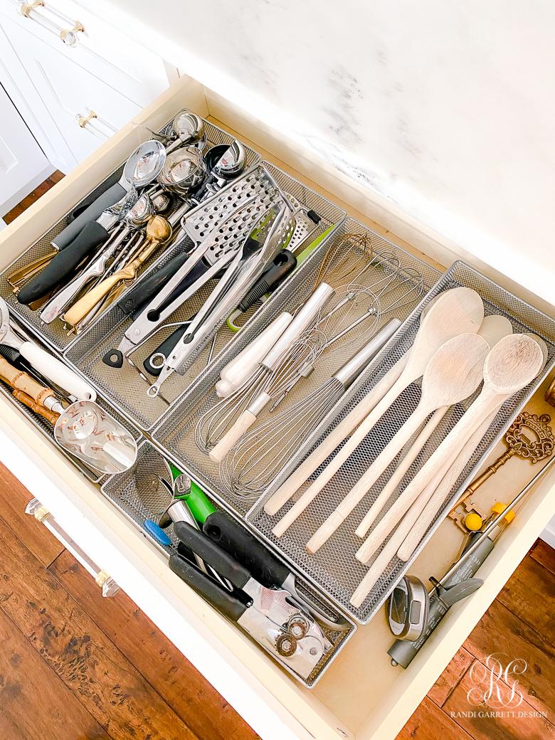Kitchen Drawer Organizing Tips