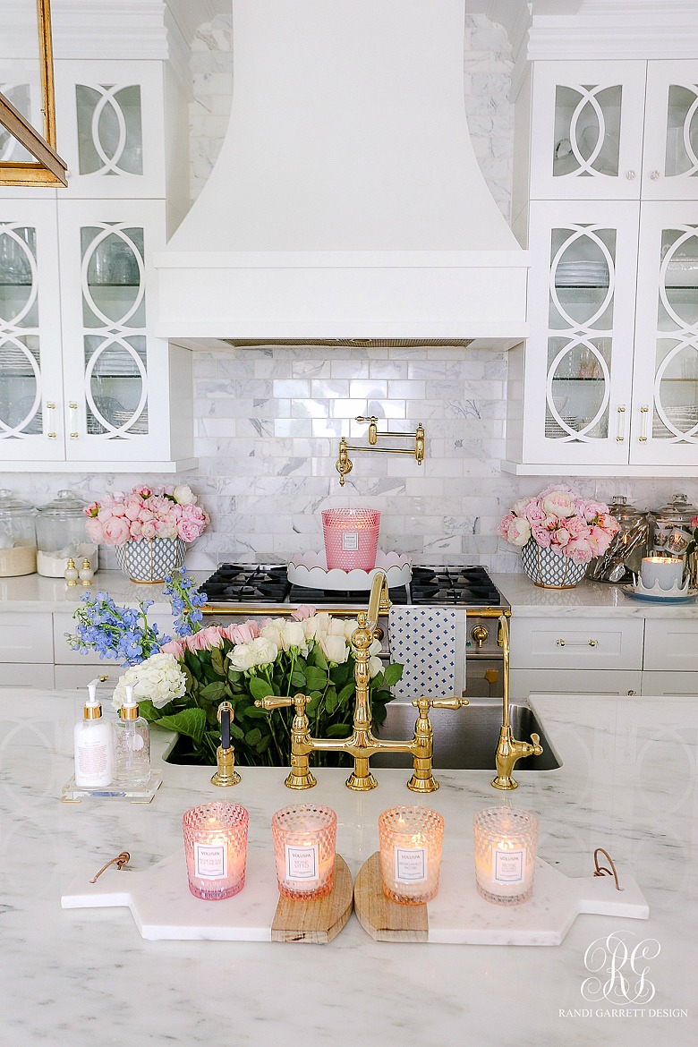 spring candle styling