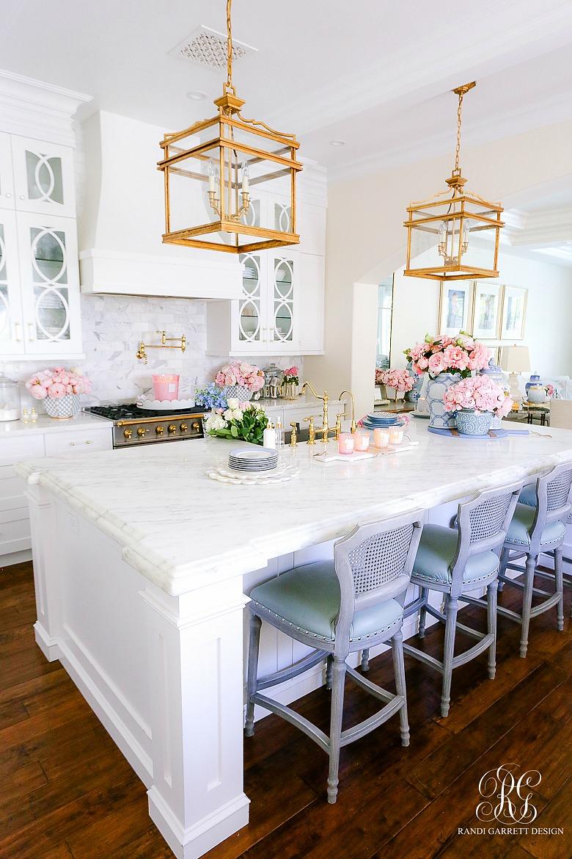 glam white kitchen