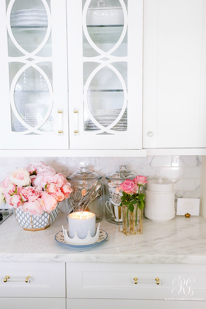 Southern Charm Inspired Spring Home Tour - spring decor ideas