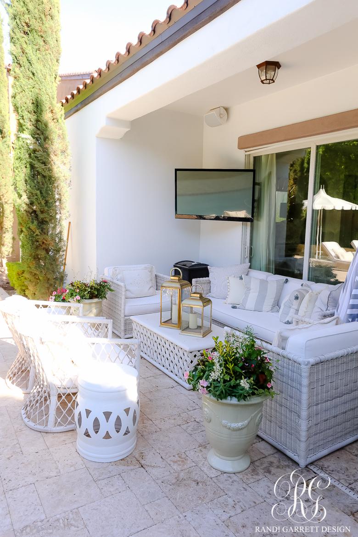 white backyard furniture