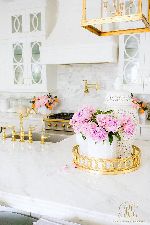 beautiful white kitchen brass fixtures