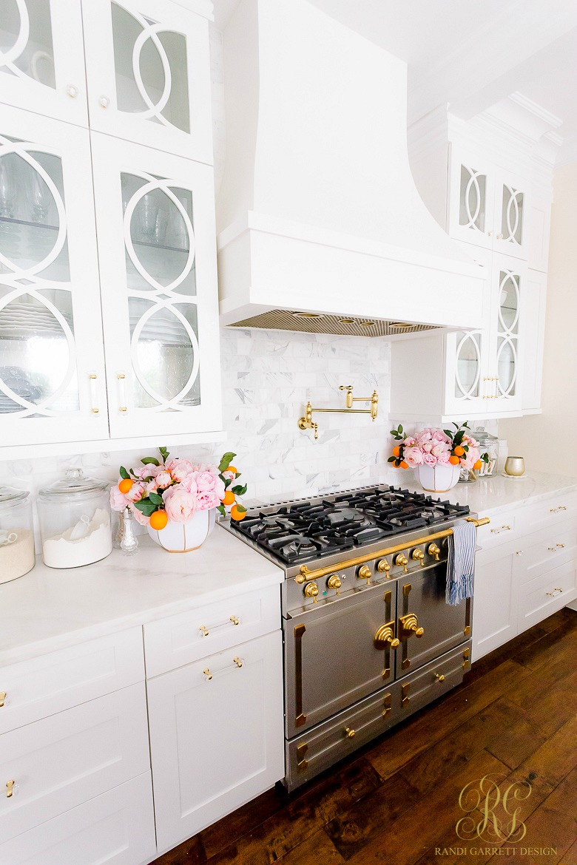 la cornue range traditional white kitchen