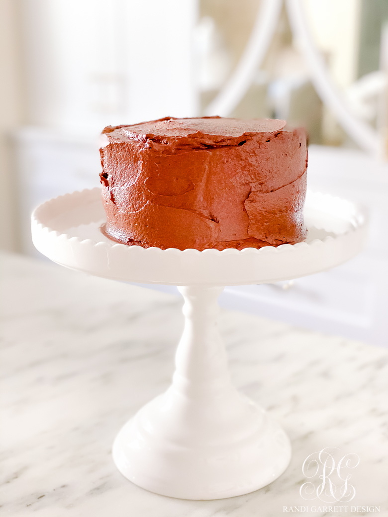 chocolate cake white cake stand