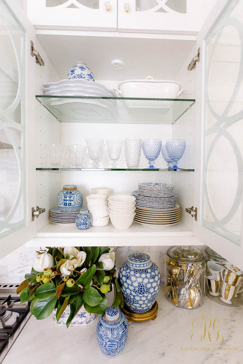 blue white dishes
