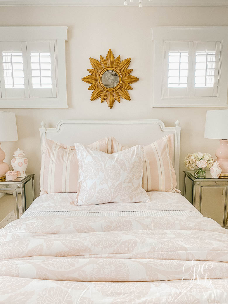 Tips for Choosing the Perfect Comforter - pink teen girl room