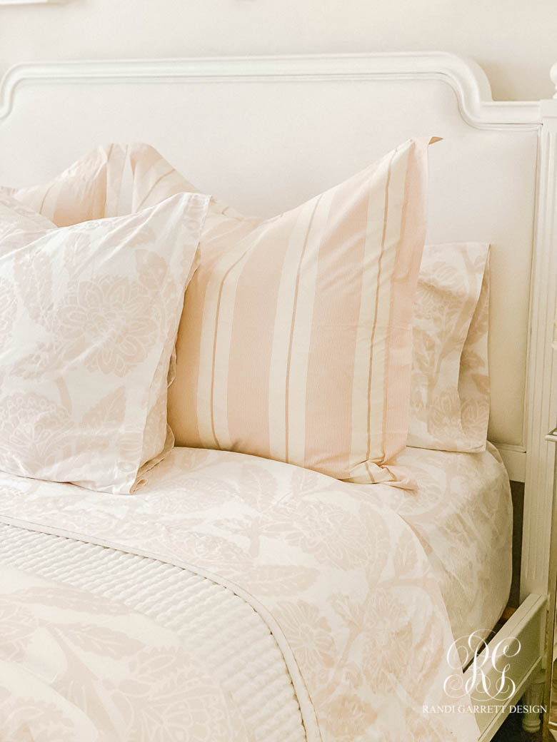 Tips for Choosing the Perfect Comforter