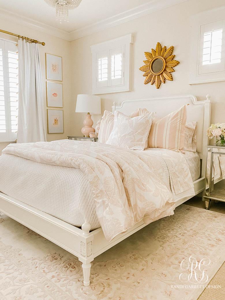 Tips for Choosing the Perfect Comforter - glam tween bedroom