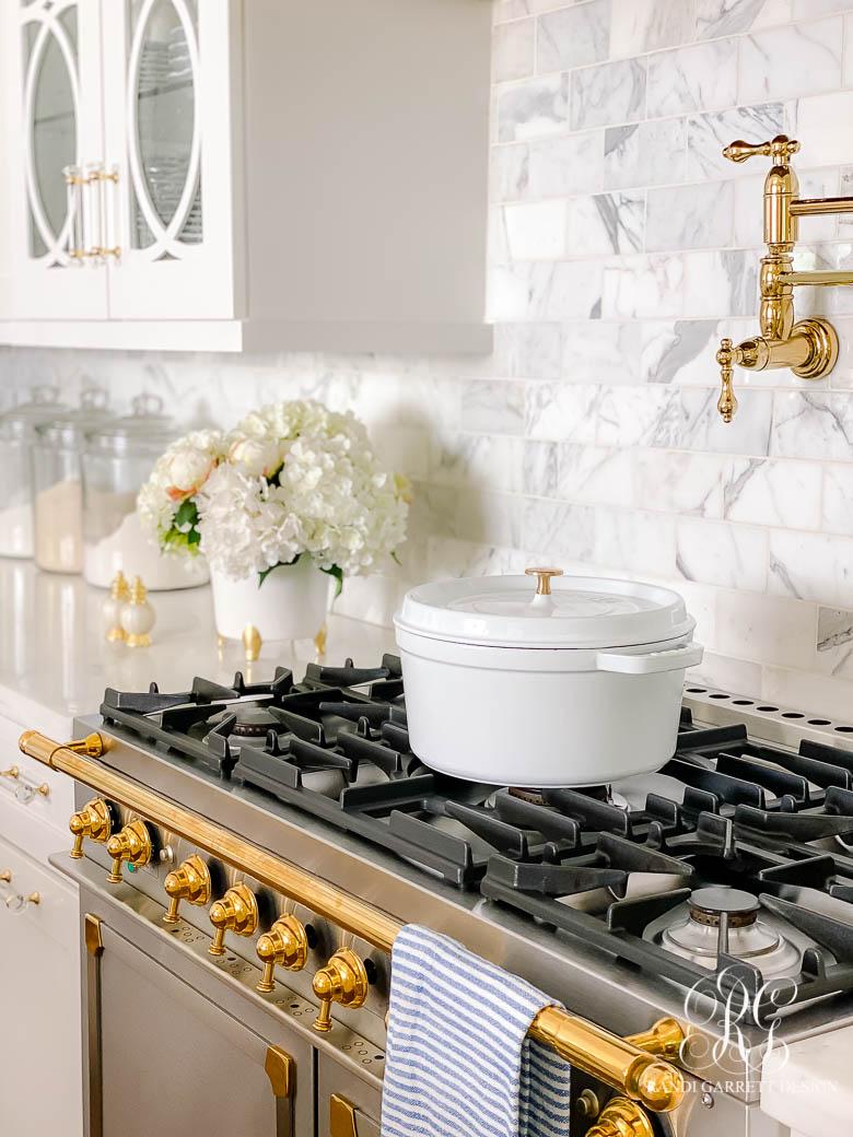 la cornue range white kitchen