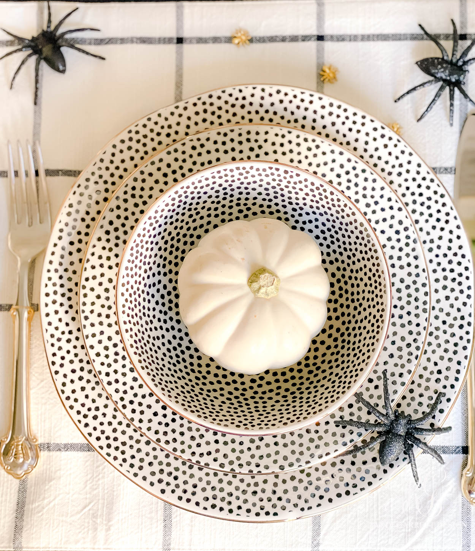 Beware Halloween Table